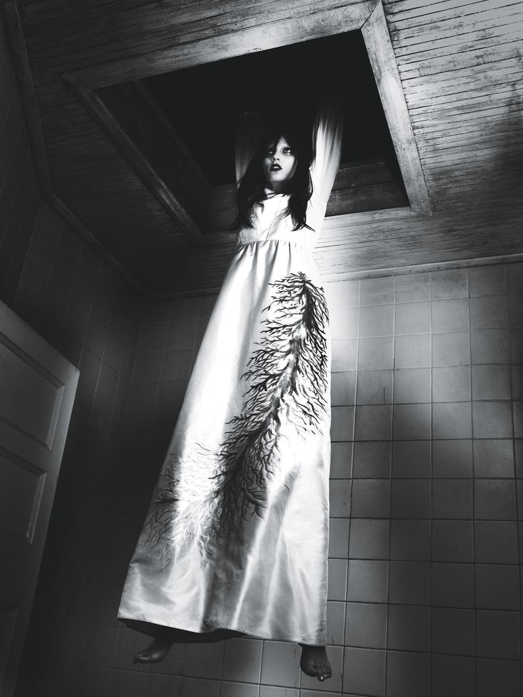 """Be Witched"" Jamie Bochert dangles in Valentino SS15 gown - photographed by Mert Alas and Marcus Piggott, styled by Edward Enninful; W Magazine March 2015."