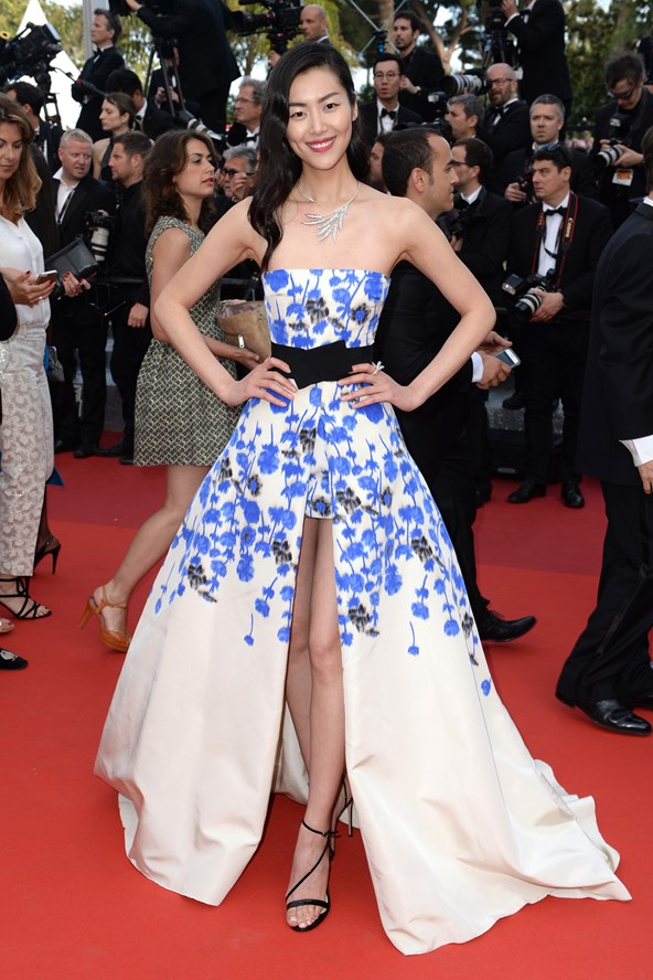 Liu Wen in Giambattista Valli