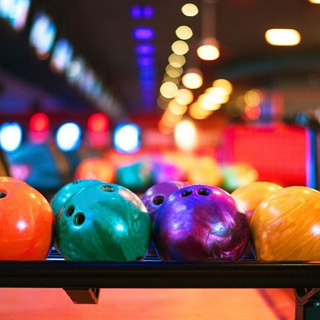 We've had an awesome Spring semester! We're celebrating with some fun for this month's outing. Bowling & pizza here we come!