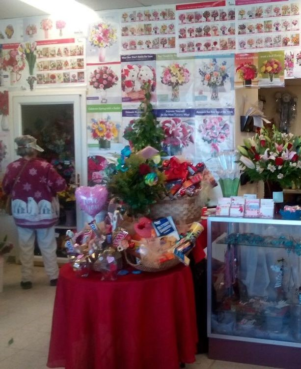 Guadarrama's Flower Shop, Northeast El Paso.  An MTAP participant since 2012, Guadarrama's has received support in accounting, marketing, business plan development, and a loan application. Owner Isabel Guadarrama continues to attend MTAP seminars.