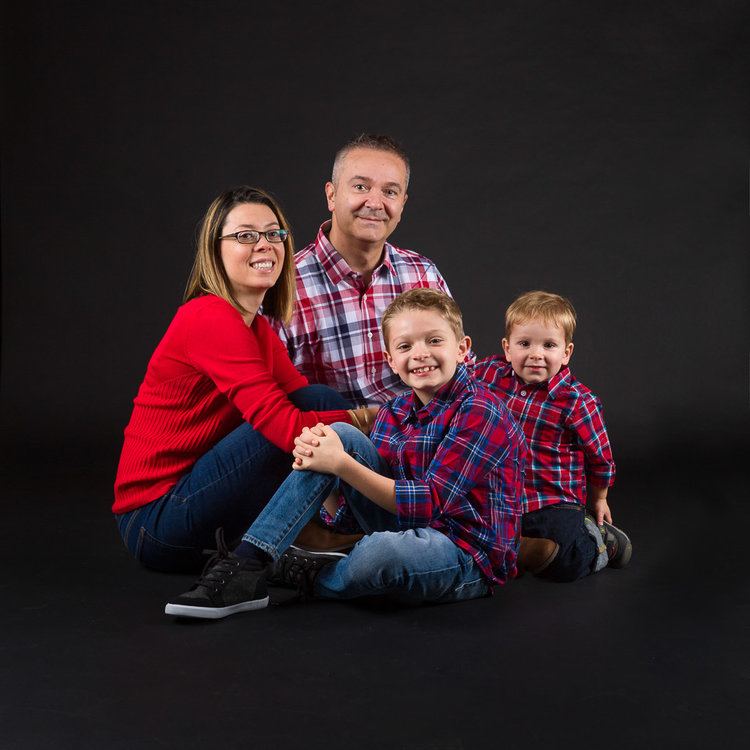 studio indoor family portrait photographer northwest clicks