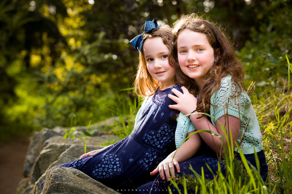 Professional outdoor kids portraits and photo sessions from Nort