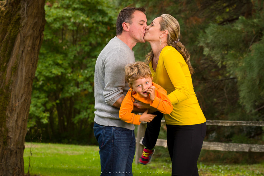 Professional outdoor photographer in Sammamish, WA