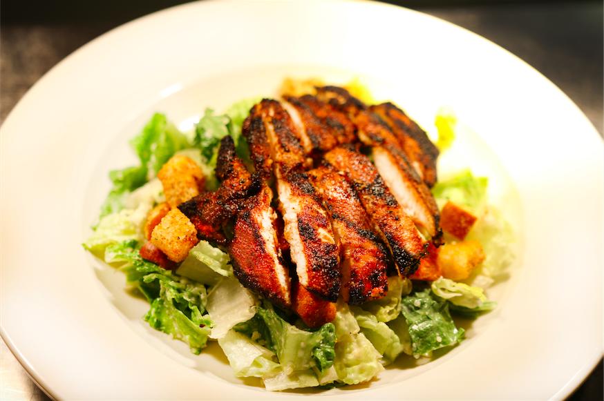 cesar salad w chicken.png