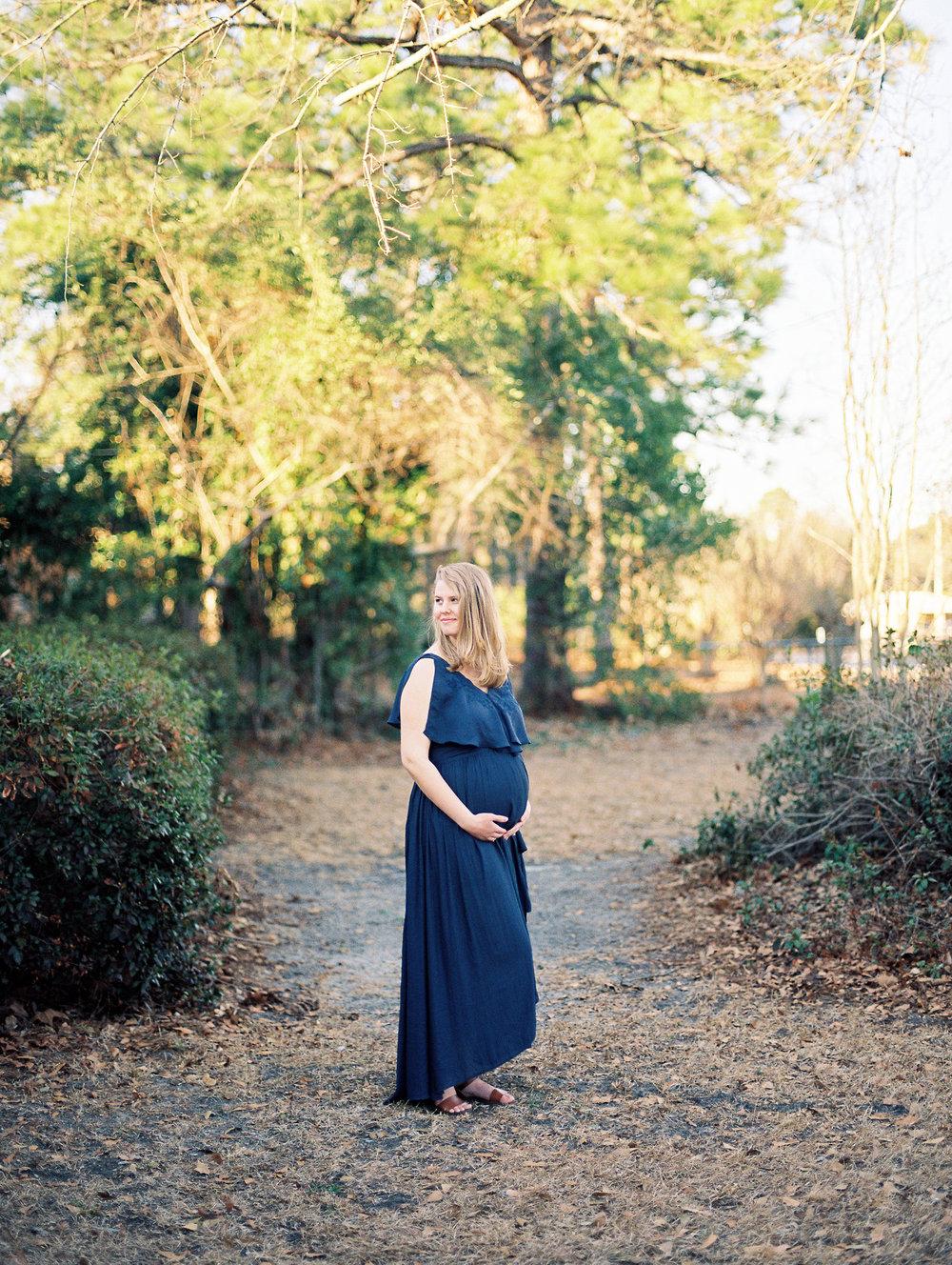 AshlynneMaternity_23.jpg
