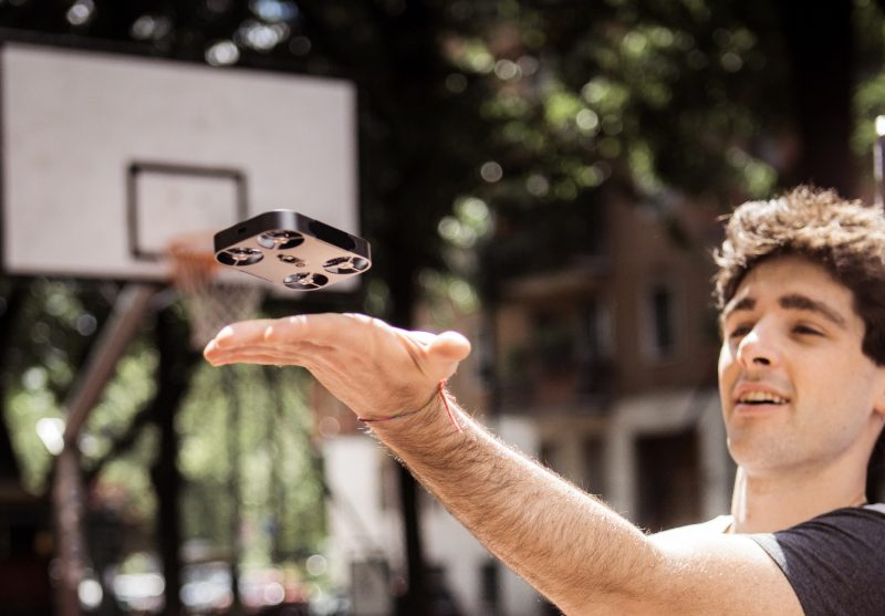 AirSelfie - A revolutionary pocket-size flying camera that connects with your smartphone to let you take boundless HD photos of you, your friends, and your life from the sky.