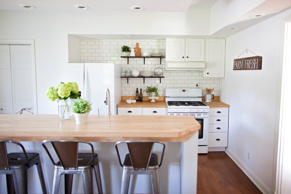 Modern Farmhouse Kitchen Remodel- Laura Design Co.