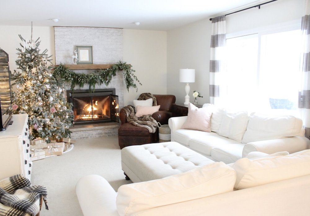 Blush Christmas Decor, Design Blogger House Tours, Laura Design Co.