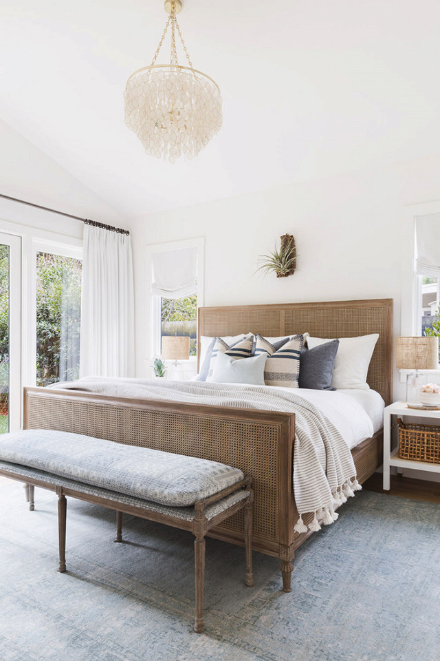 Photo credit: Alyssa Rosenheck for Amanda Barnes Interiors, via My Domaine