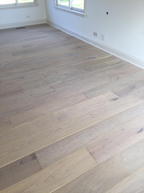 Teka White Oak Hardwood Floors, Design by Laura Design Co.