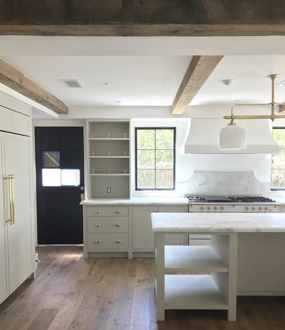 Kitchen by Amber Lewis Interiors