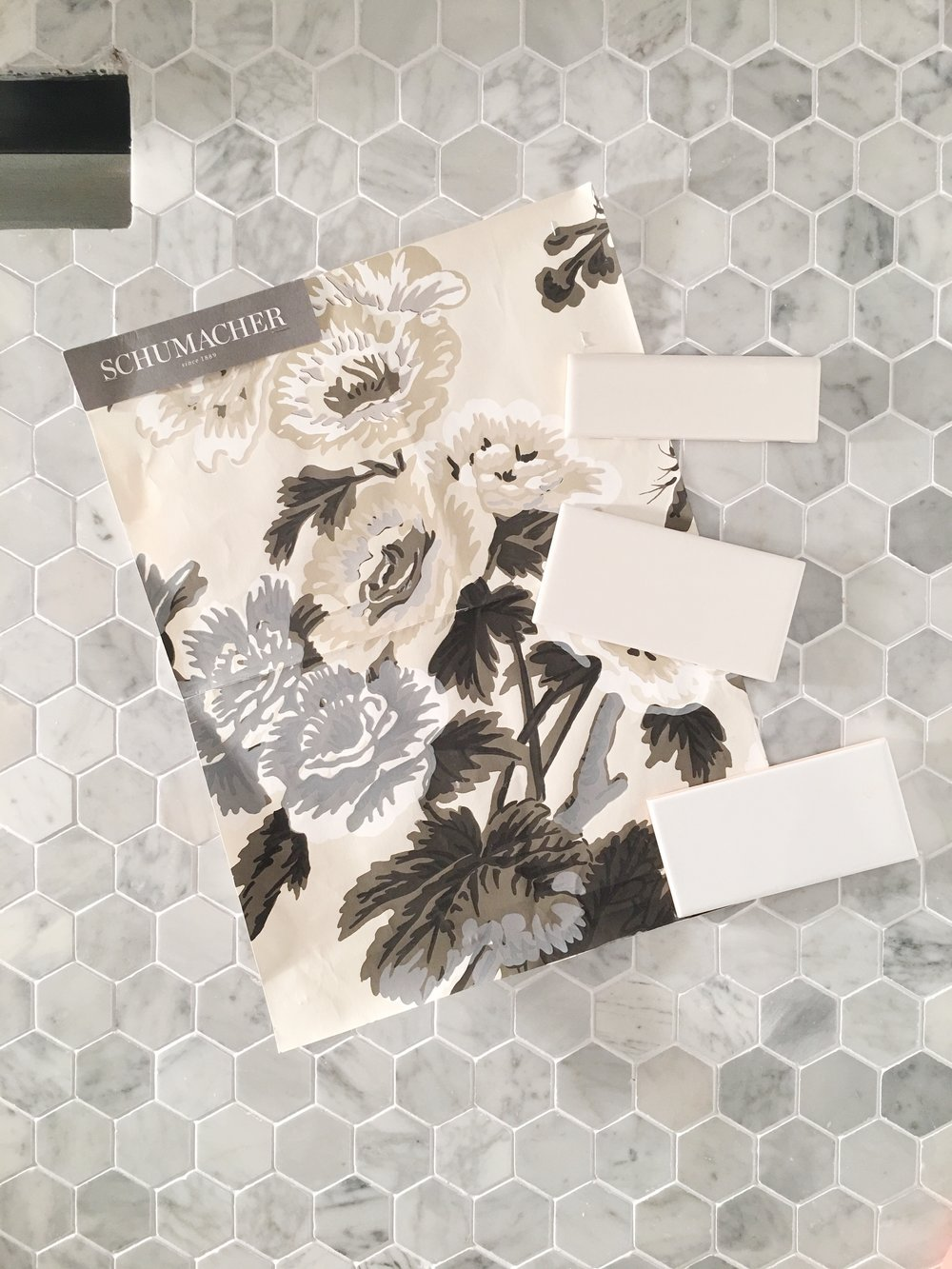 "Schumacher Pyne Hollyhock Charcoal Wallpaper, White Subway Tile, 2"" Marble Mosaic Hex Floor Tile- Interior Design by Laura Design Co."