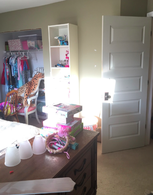 Tween girls room BEFORE- Laura Design Co.