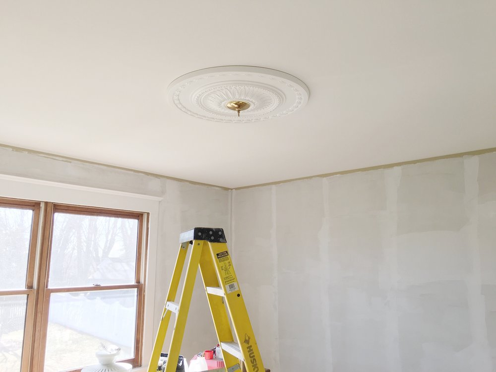 Tween Girls Room Makeover - Ceiling Medallion Installation