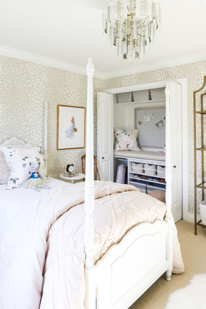 Tween Girls Bedroom Design by Laura Design Co., Photo by Emily Kennedy