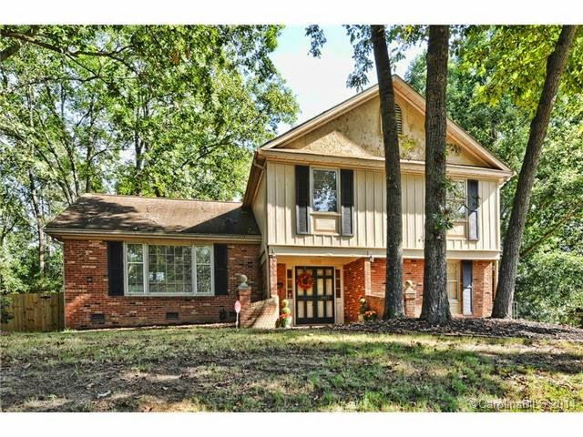 Listing Courtesy of Renee Cerwin at Cerwin and Company. Sold by Bethany Mitchell at Keller Williams South Park