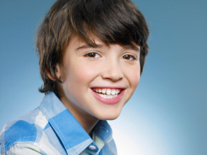 child-with-out-braces-hp.jpg