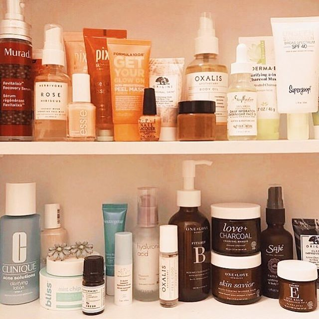 Mad respect for a color coordinated skincare cabinet! Check our Sanctuary Body Oil and Feel Good Potion in great company. 🌿 📷 @everydayelliee . . .  #oxalisapothecary #planttobody #naturalbeauty #naturalskincare #cleanbeauty #greenbeauty #plantbasedskincare #nontoxicskincare #organicskincare #skincareobsessed #indiebeauty #selfcareroutine #skincareroutine #skincarecabinet #healthyshelfie #sanctuary #bodyoil #feelgoodpotion #selfcaresunday