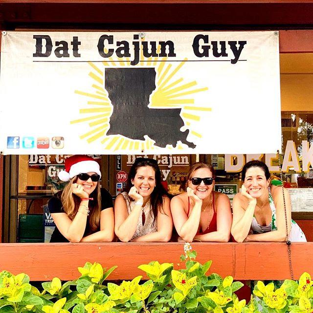 Merry Christmas Y'all!! #melekalikimaka #merrychristmas #luckywelivehawaii #hawaii #foodporn #foodie #cajun #blues #pork #Smoker #brisket #BBQ #gumbo #jambalaya #hawaiisbestkitchens #yelphawaii #luckywelivehi #haleiwa #visithawaii #hawaiieats #spoonhawaii #eatinghawaii