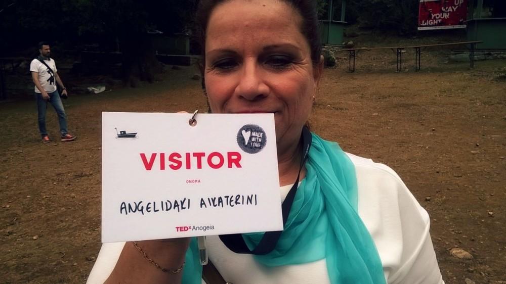 """Made with love"" γράφει το σφράγισμα της κυρίας Κατερίνας, της πρώτης visitor που έκανε registration και της πρώτης TEDx-ο-φιλενάδας που έκανα στα Ανώγεια!"