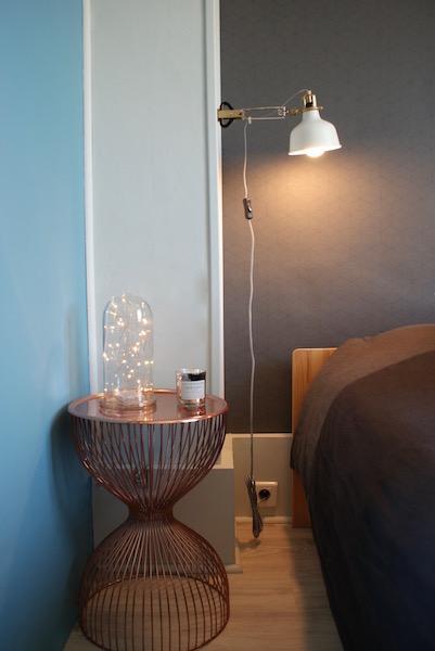 Décoration, aménagement petite chambre Paris 13 : guéridon