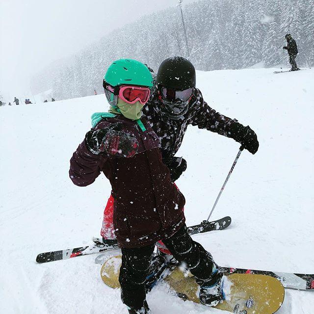 My snow homies #niseko