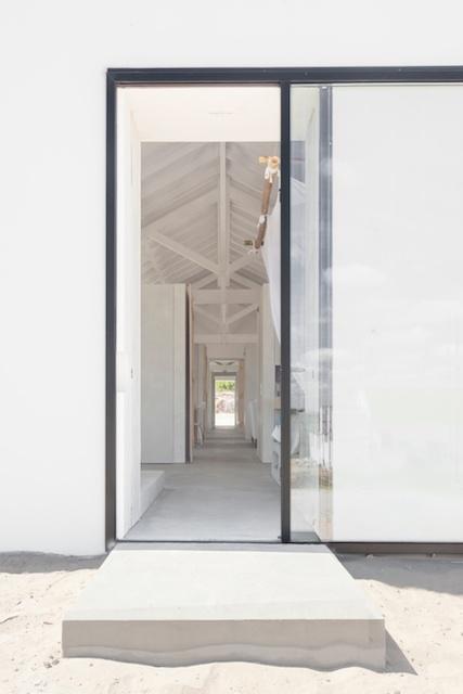 Extierior- Hallway.jpg