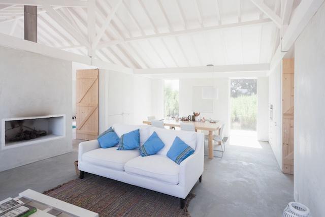 Interior-Living.jpg