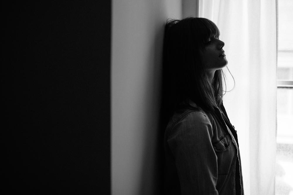 moody intimate indoor window light vermont photographer web.jpg
