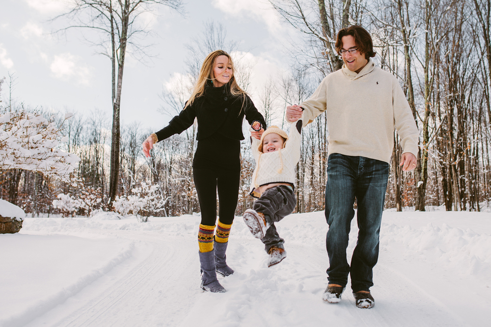 vermont winter family photo session web.jpg