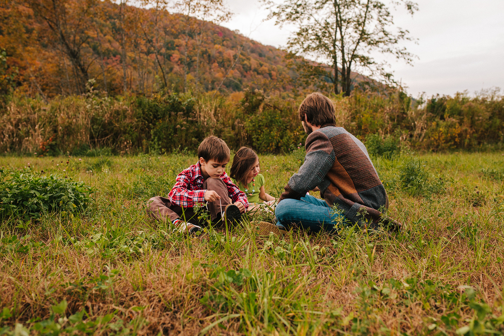 vermont fall family portraits-8.jpg