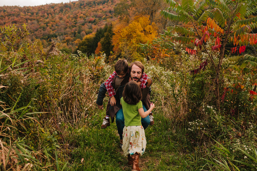 vermont fall family portraits-12.jpg