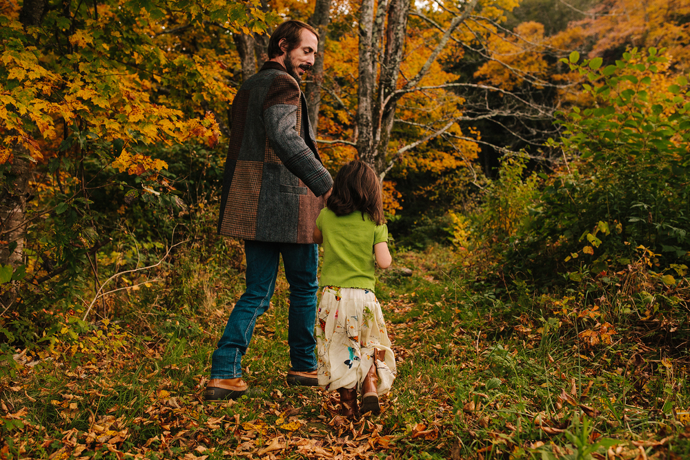 vermont fall family portraits-16.jpg
