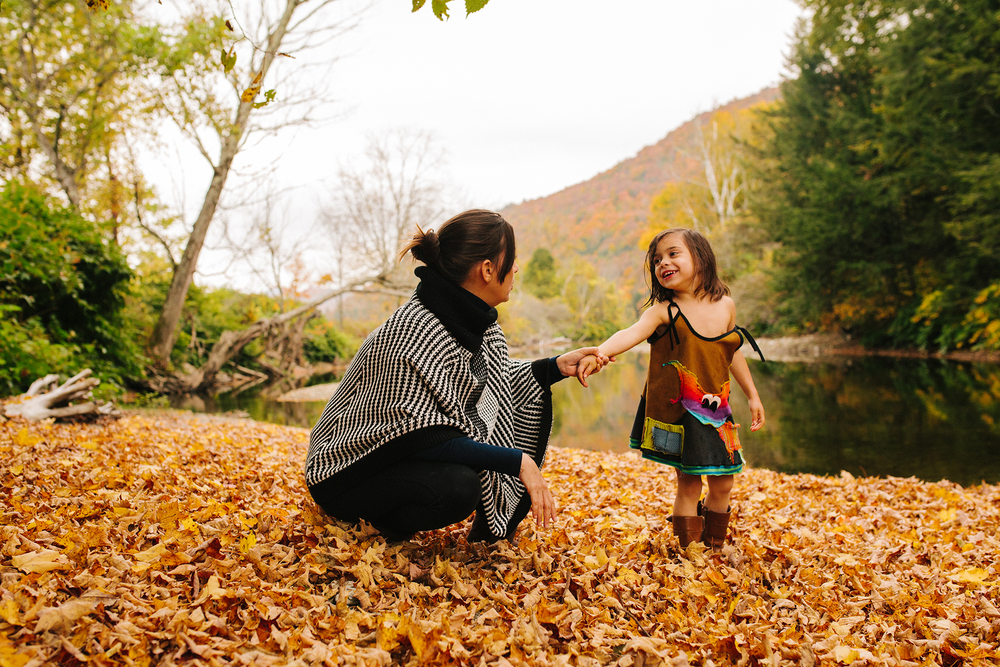 vermont fall family portraits-34.jpg