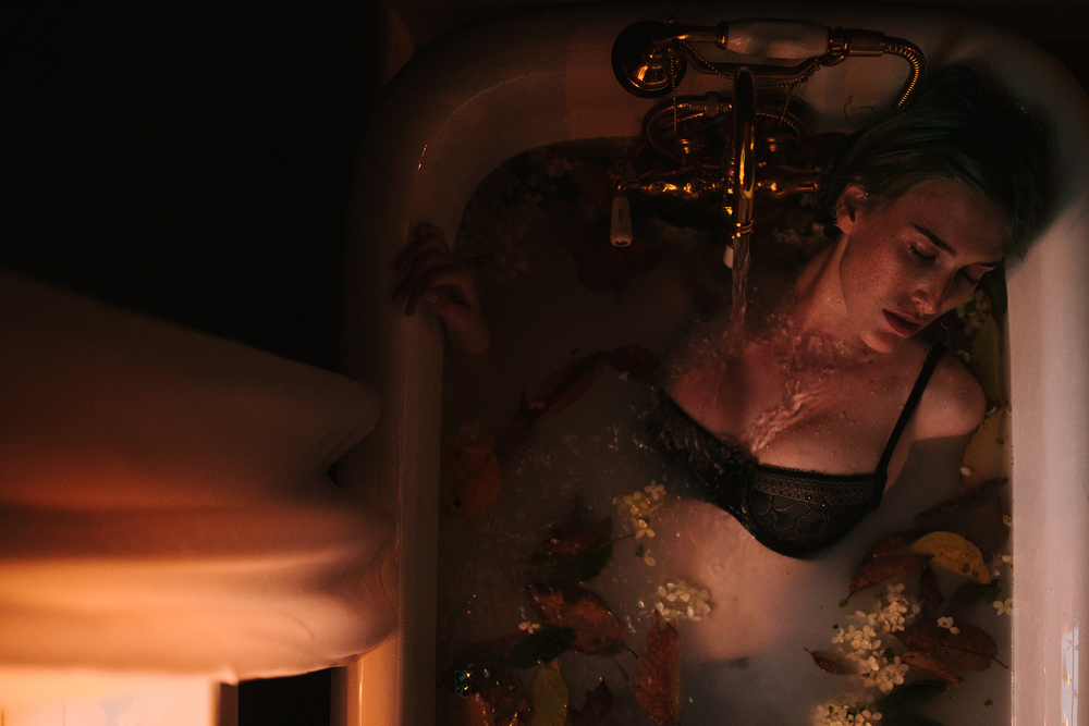 flower_milk_bath_boudoir_9.jpg