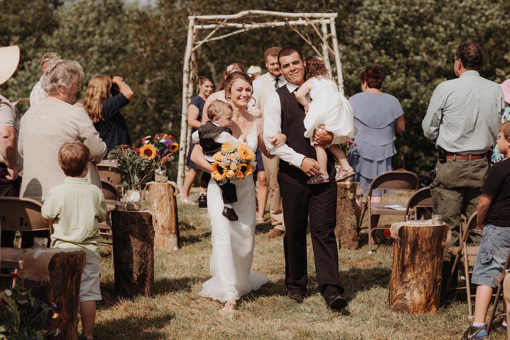 vermont-wedding-photographer-outdoor-farm-wedding-23.jpg