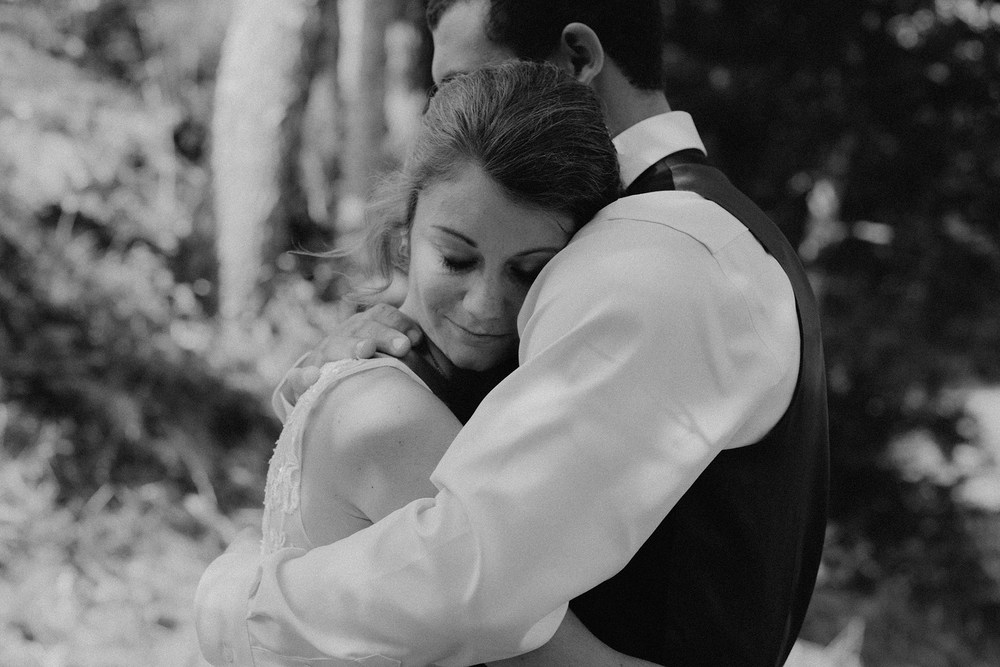vermont-wedding-photographer-outdoor-farm-wedding-41.jpg