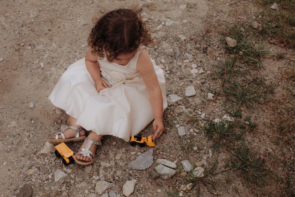 vermont-wedding-photographer-outdoor-farm-wedding-58.jpg
