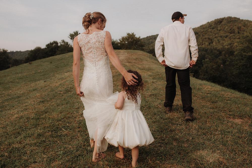 vermont-wedding-photographer-outdoor-farm-wedding-61.jpg