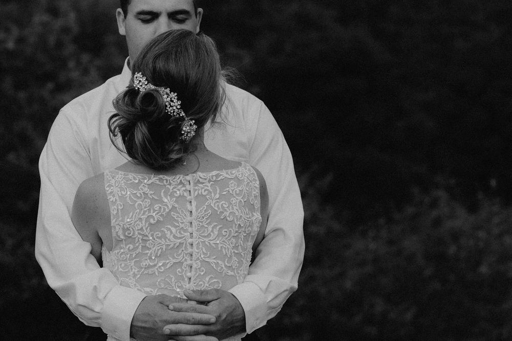 vermont-wedding-photographer-outdoor-farm-wedding-69.jpg