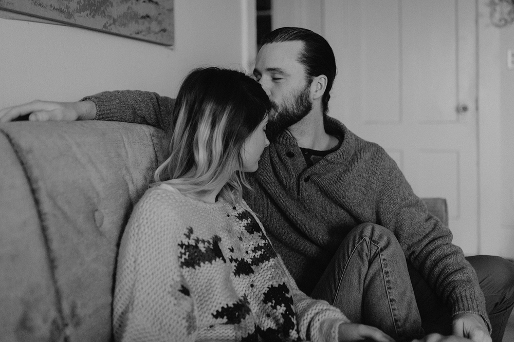 intimate-in-home-couples-engagement-photos-burlington-vermont00003.jpg