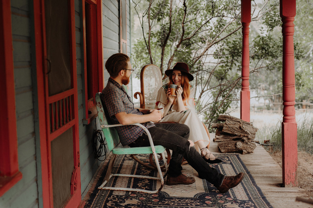 020-jones-max-colorado-ranch-engagement-photos.jpg