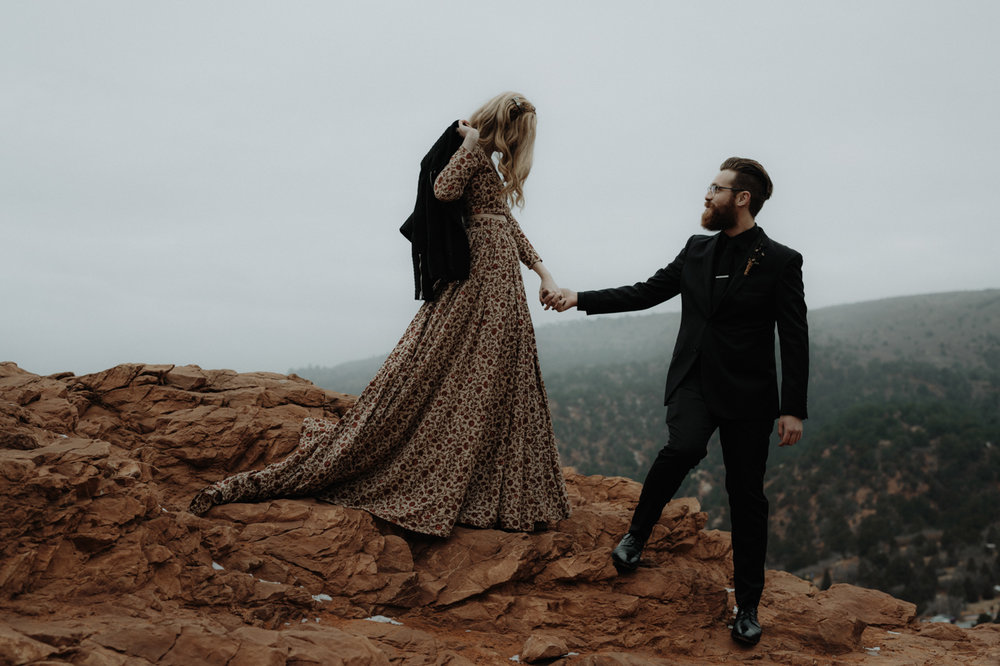 garden-of-the-gods-winter-wedding-jones-max-27.jpg