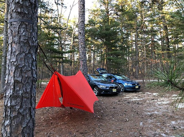 Super rare car camping night out. So much easier to pack up in the morning :) 22F was colder than expected but the hammock setup kept me warm.