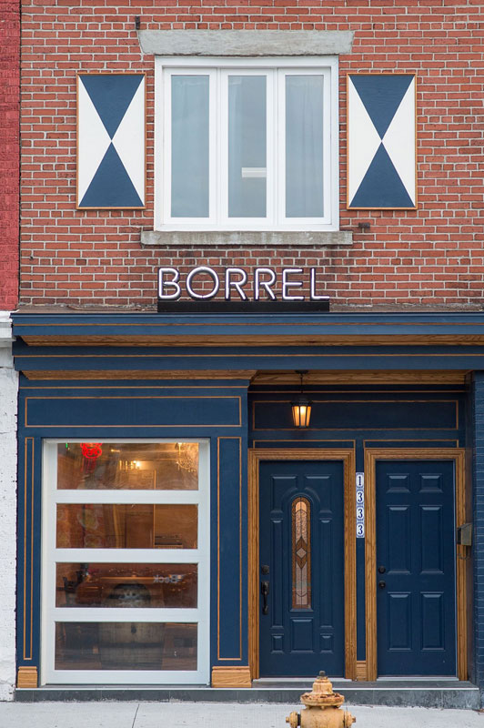 Photo:  Borrel