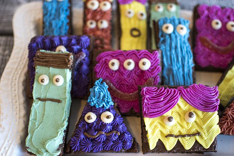 MonsterBrownies_0195.jpg