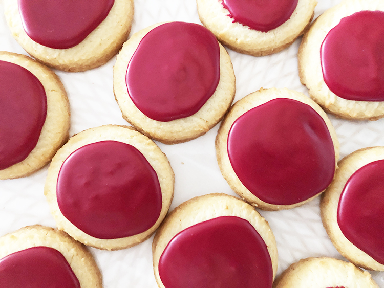 Natural Shades of Red-Cookie Icing Recipes — ColorKitchen