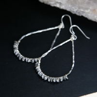 earring_diamond teardrop ww-1 (1).jpg