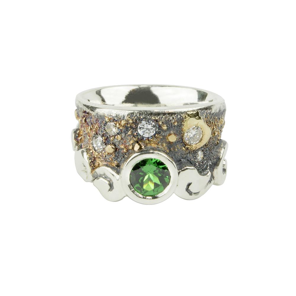 Tsavorite Garnet Fusion Scroll Ring