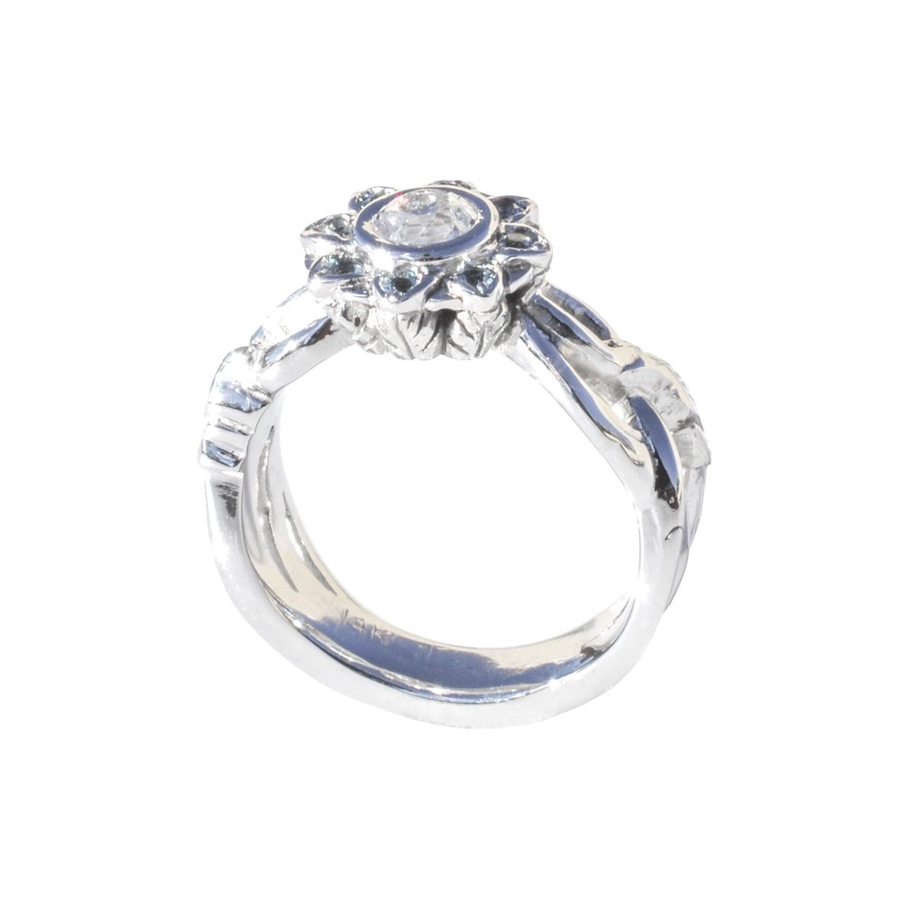 14k White Gold Aquamarine and Diamond Flower Ring